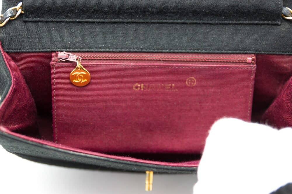 Chanel Vintage Felt Bag 80s