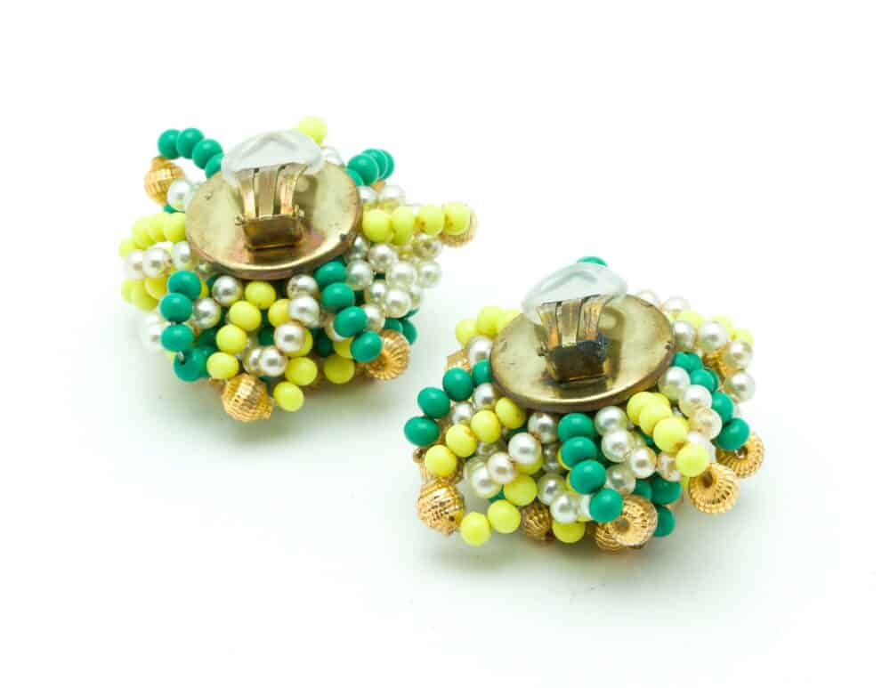 Unique Vintage Clip-on earrings green/yellow c.1960