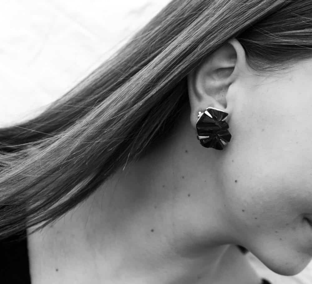 Alexis Bittar Vintage Resin rock clip-on Earrings 90s