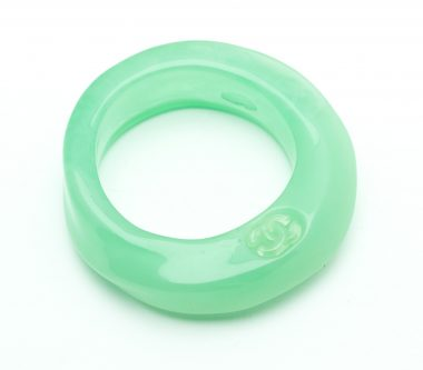 15-chanel-vintage-green-resin-bangle-collector-shop-katheleys-1 (1)